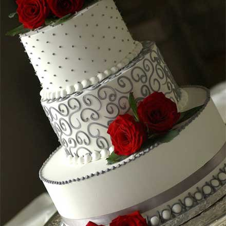 Red Themed Wedding Cake Lethal Rhythms